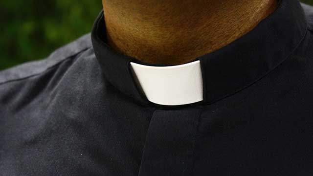 Un sacerdote acusado de abuso sexual infantil en España pagó una multa de 20 mil euros para eludir la cárcel
