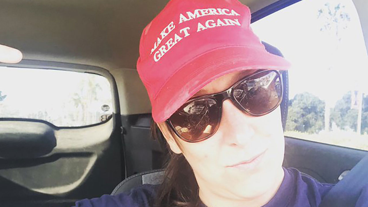 Un video mostró como Ashli Babbitt, una mujer simpatizante de Trump, fue herida de muerte durante el asalto al Capitolio en Estados Unidos