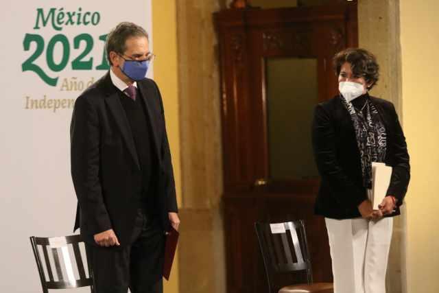 Delfina Gómez sustituye a Esteban Moctezuma en la SEP