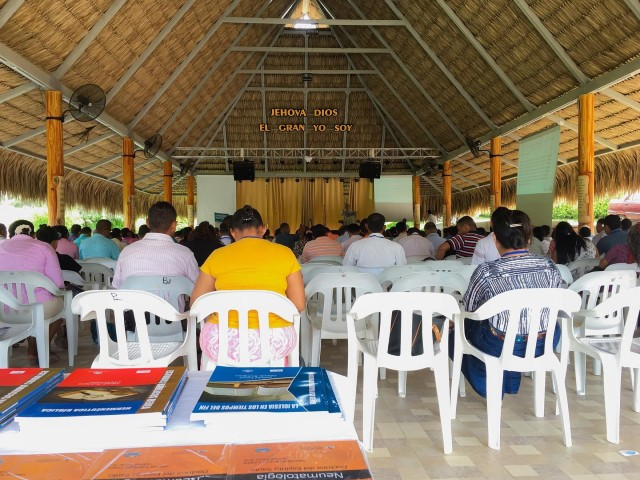 pastor Iglesia Cristiana Berea de Barranquilla Colombia desapareció dinero creyentes fin del mundo