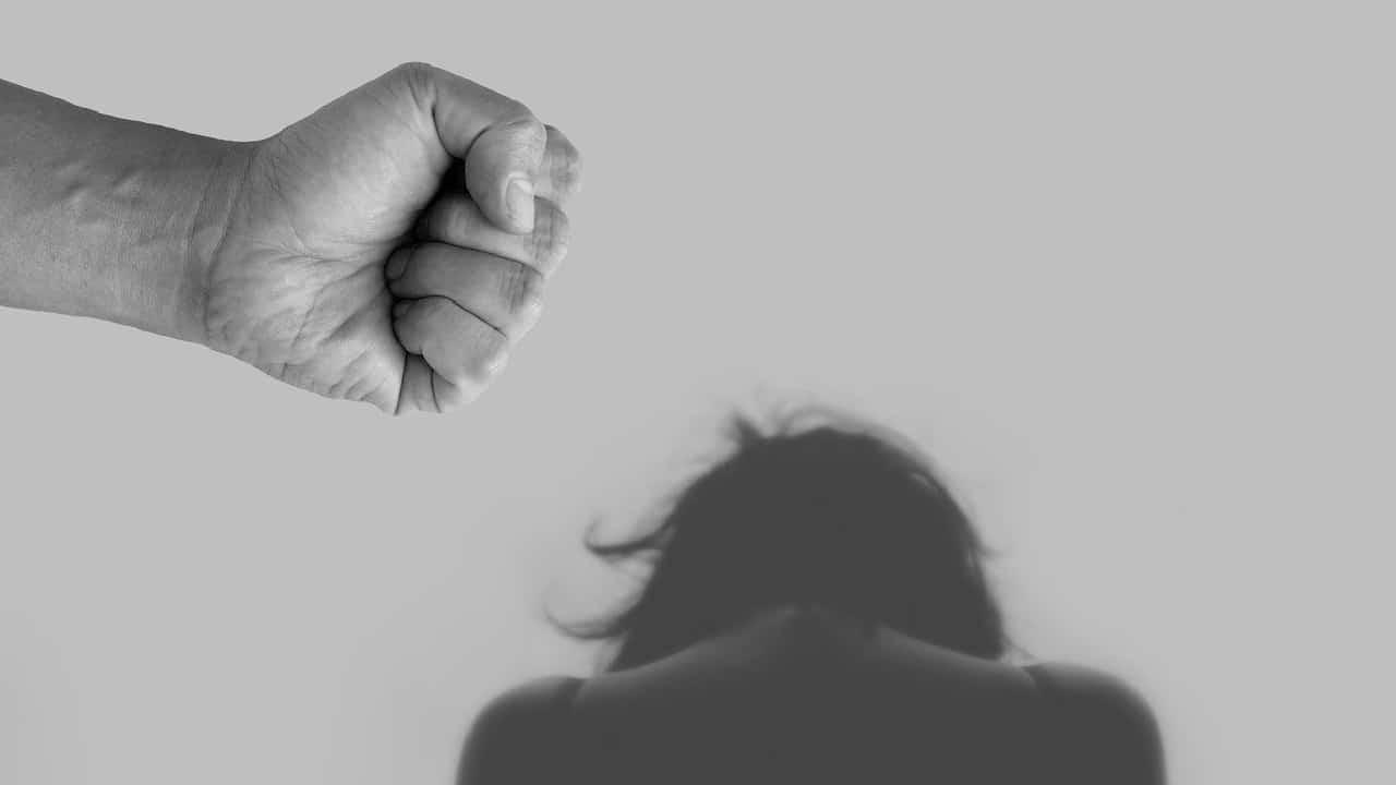 ¿Por qué el color morado arropa la lucha feminista?