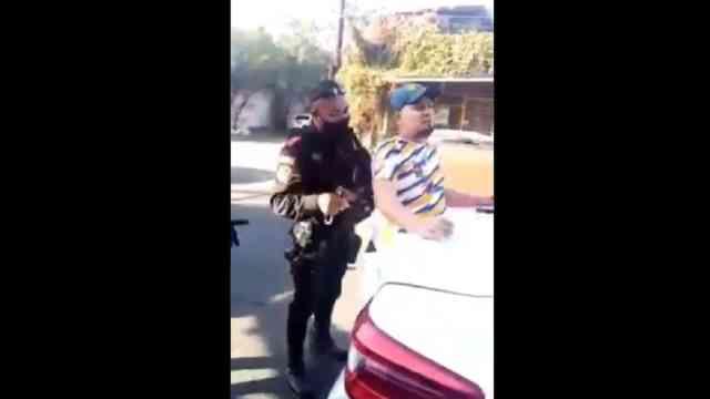 Video hombre detenido no usar cubrebocas Monterrey