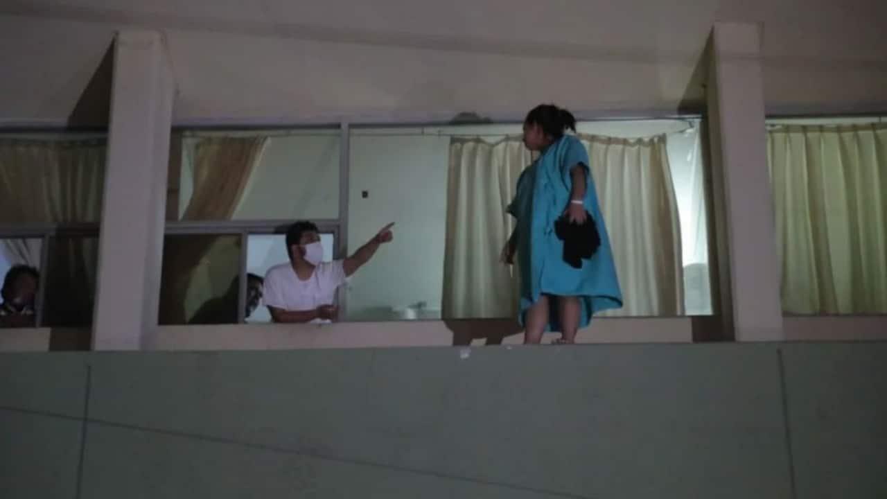 Coahuila: Mujer es rescatada en hospital, pretendía arrojarse de segundo piso [Video]