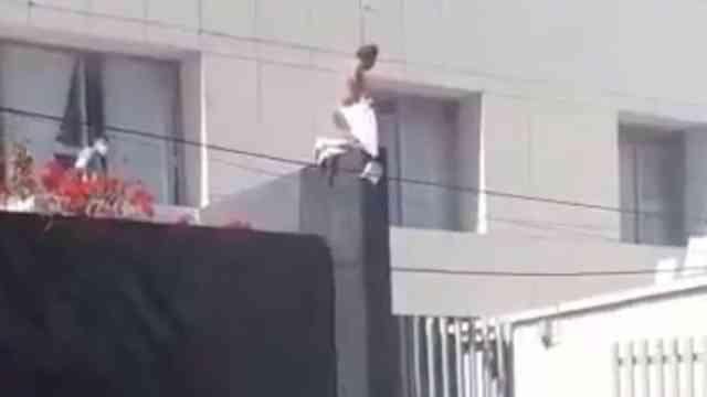Paciente con Covid-19 intenta escapar por la ventana de un hospital en Puebla