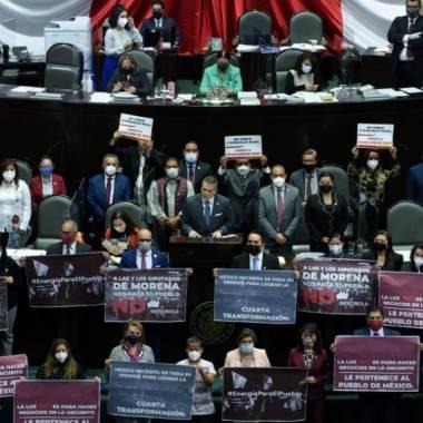 Diputados aprueban la reforma eléctrica de AMLO; la espera el Senado