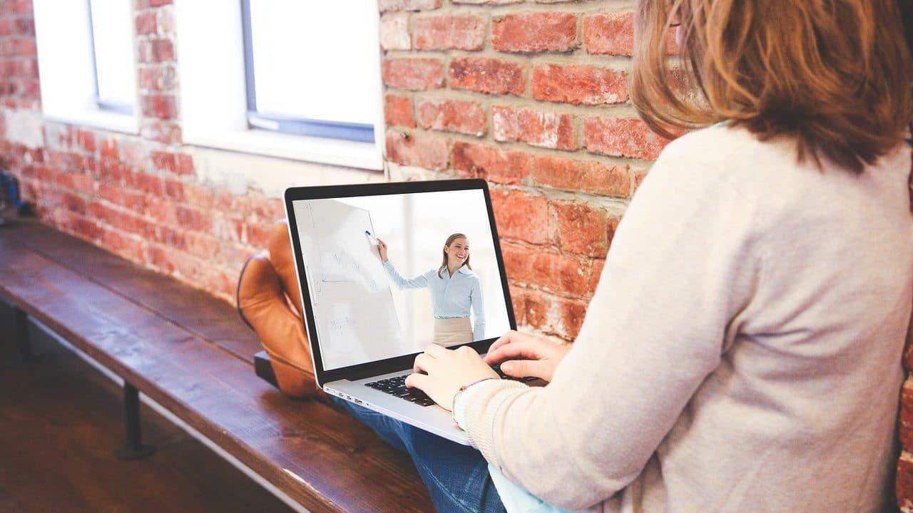 UNAM ofrece cursos gratis y en línea