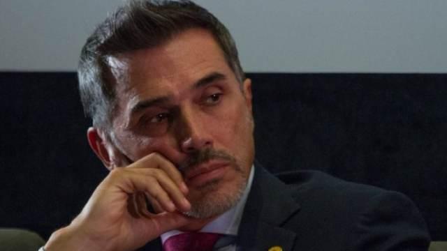 El diputado Sergio Mayer declaró que es muy fácil denunciar abuso sexual por despecho. Este comentario lo emitió tras una denuncia.