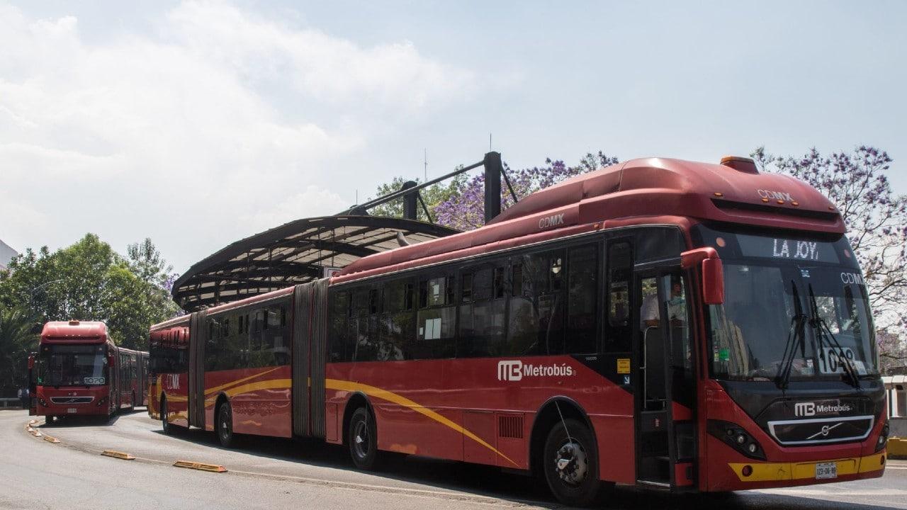 Metrobús de la CDMX aceptará pagos con tarjetas y desde teléfonos celulares