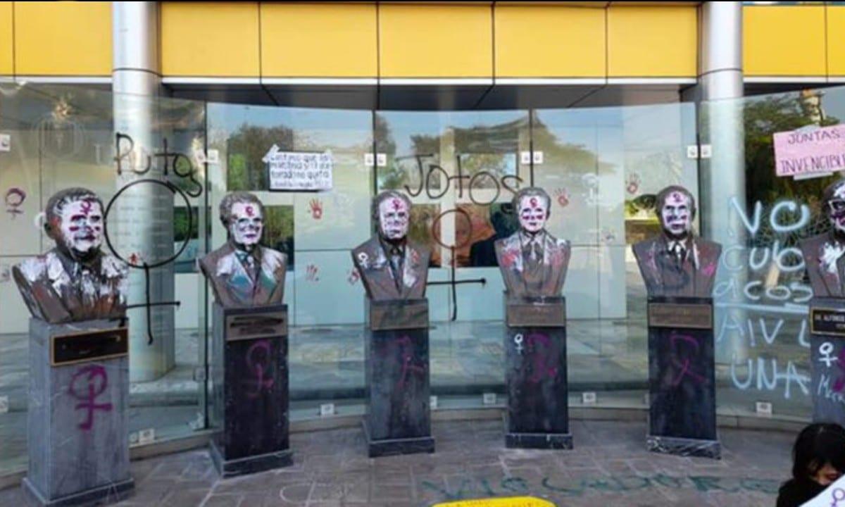 Pinta Feminista Incluyo Insultos Homofóbicos Monterrey