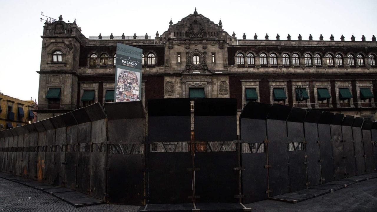 vallas palacio nacional 8m