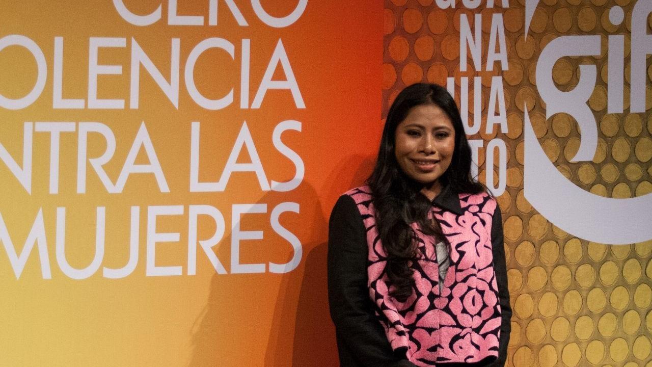 Yalitza Aparicio Exige Justicia Feminicidios AMLO