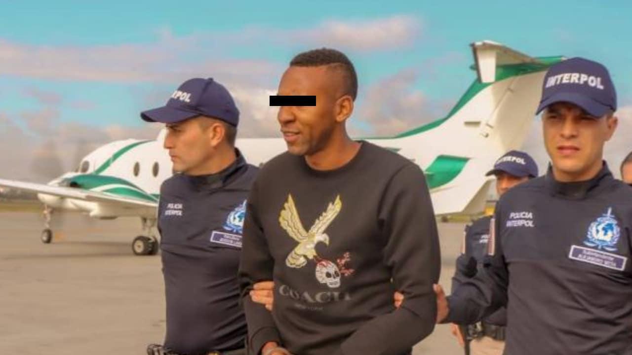 Ex futbolista colombiano traficaba cocaína en México