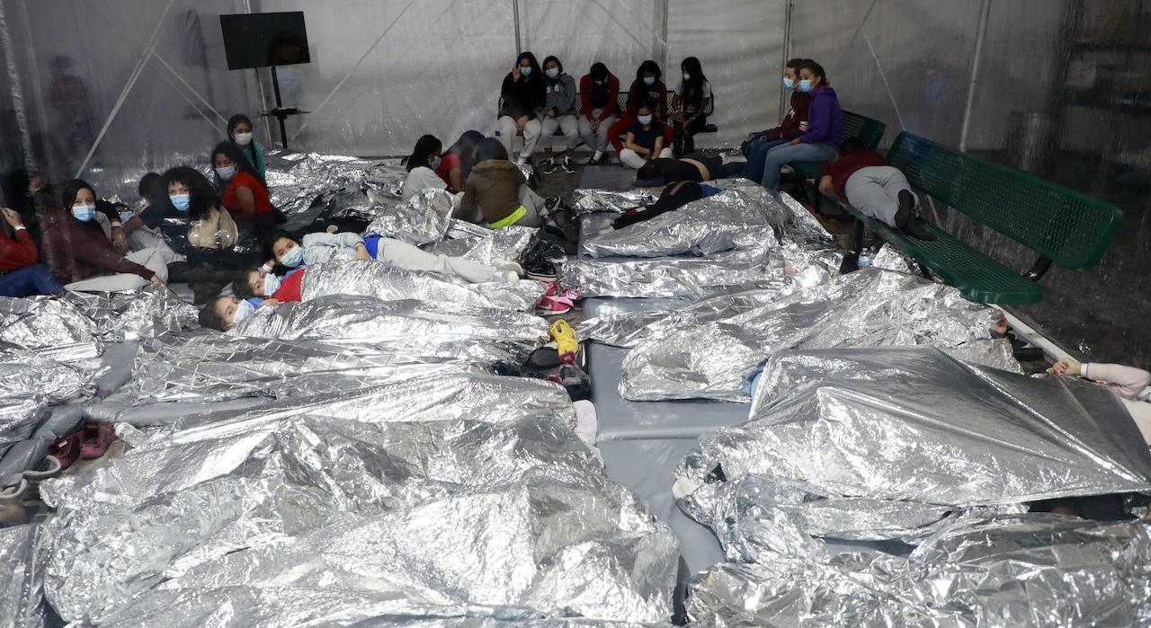 migrantes centro detención donna texas cbp