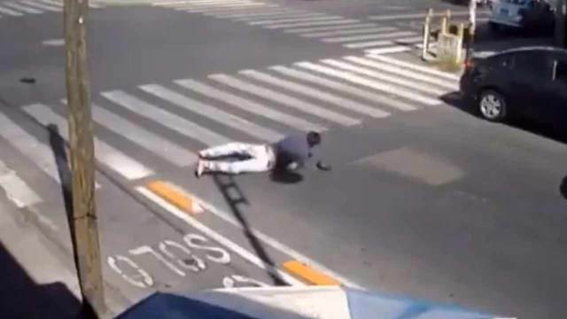 video caída peatones Puebla