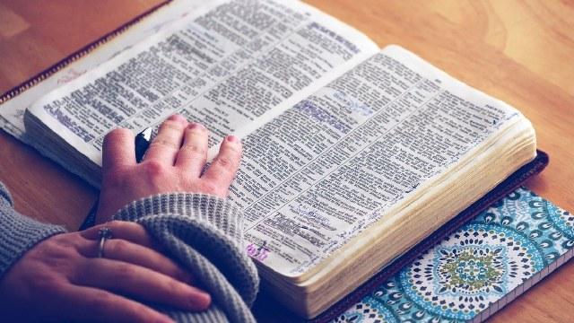 Sugieren que la Biblia fue malinterpretada