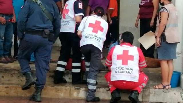 Paramédicos Auxilian Persona Cruda Pensaron que estaba muerto Oaxaca