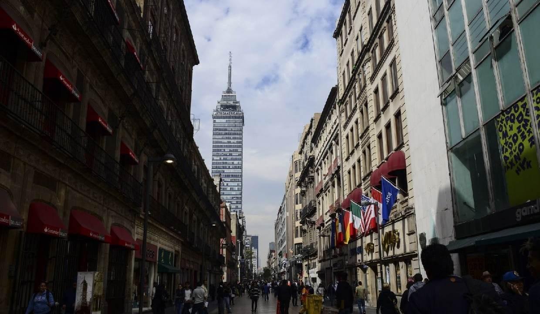 Multas de hasta $2,700 por fumar en Madero; ya es zona libre de humo