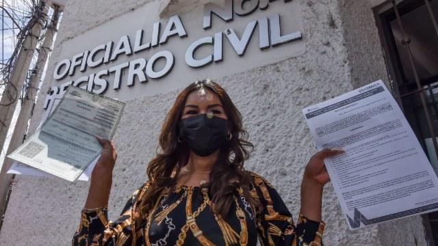 Ecatepec entregaron actas de rectificación de género