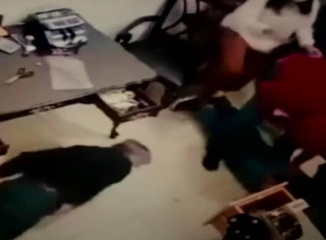 En puebla un grupo armado golpeó y amarró empleados durante asalto a gasera