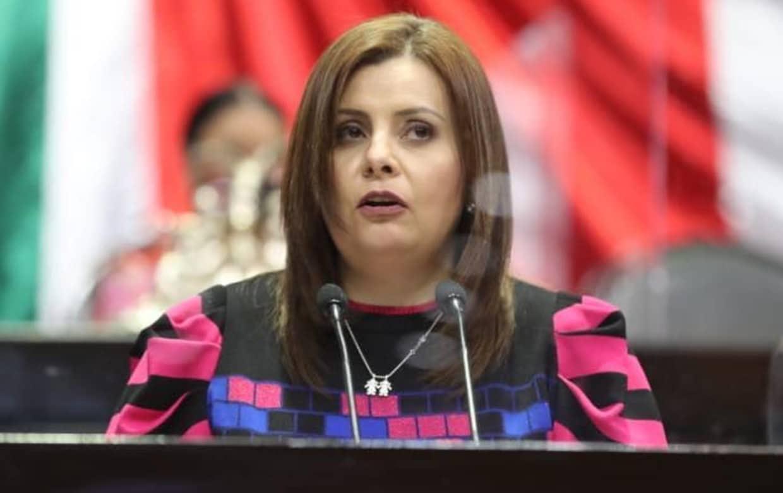 Evidencian presunta prueba falsa de Covid; diputa de MC la mostró en Twitter