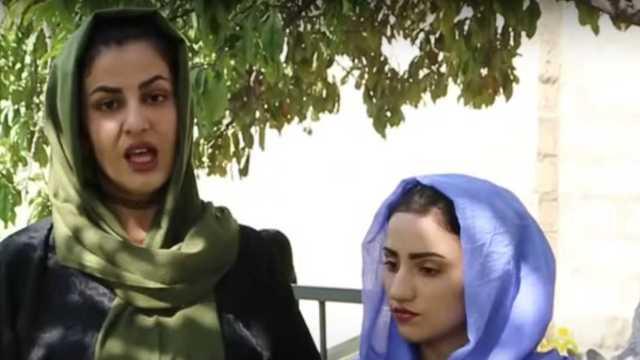 """""""Les digo adiós"""", dijo Najma, 20 años, en su canal de Youtube. Un bombazo…"""