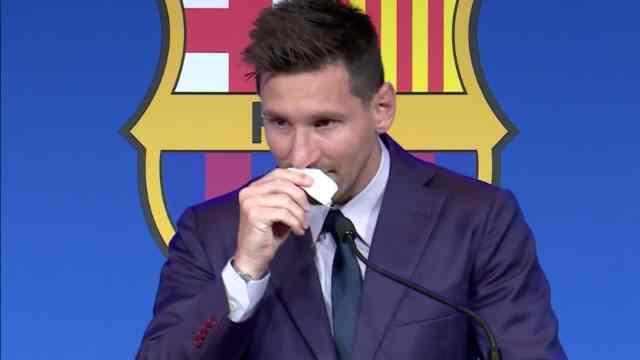 Pañuelo de Messi se vende en un millón de dólares