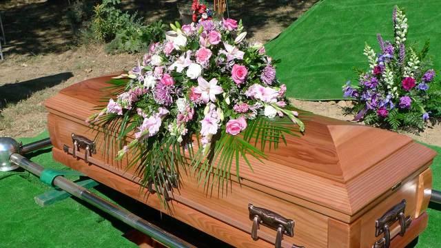 Fiscalía interrumpe el velorio y se llevan cuerpo de Fernando; olvidaron hacerle la autopsia