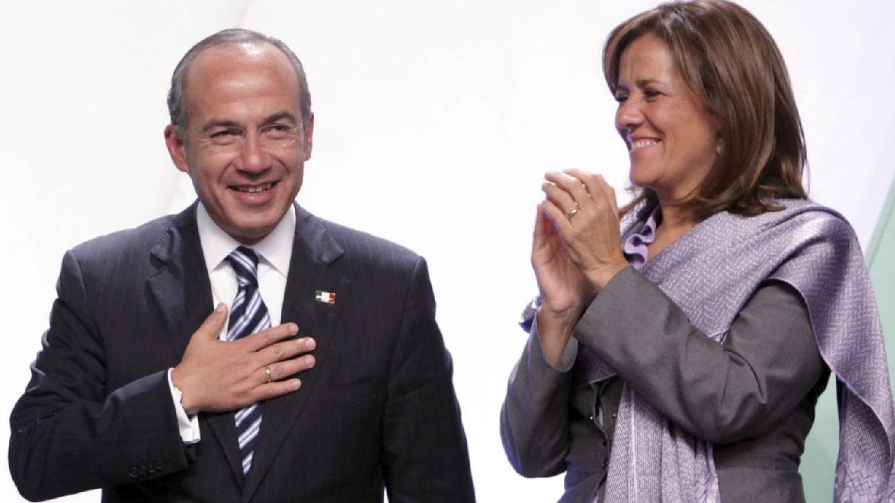 Felipe Calderón firmó contra estatua mujer indígena