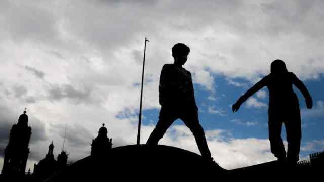 Entre 145 mil y 250 mil menores mexicanos podrían caer en manos del crimen: Redim