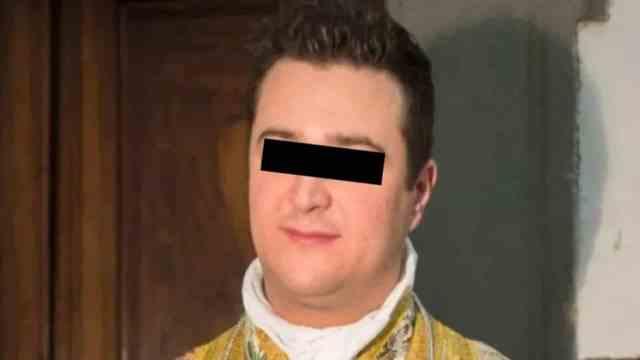 Sacerdote se gastó el dinero de limosnas en sexo y drogas