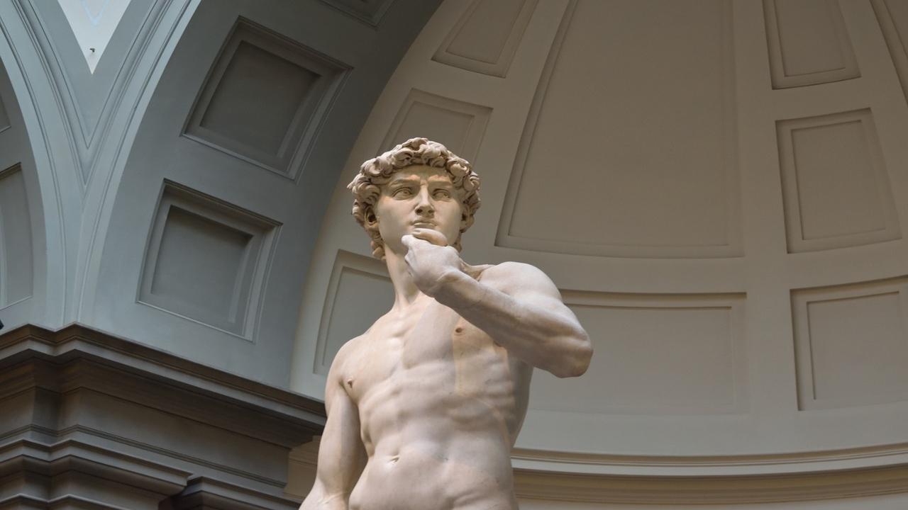Expo Dubái prefiere cubrir desnudo del David de Miguel Ángel