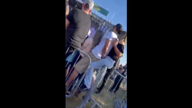 Video: Captan a hombre engañar a su novia con su suegra