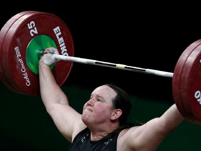 Levantador de pesas olímpico Laurel Hubbard nombrada deportista del año
