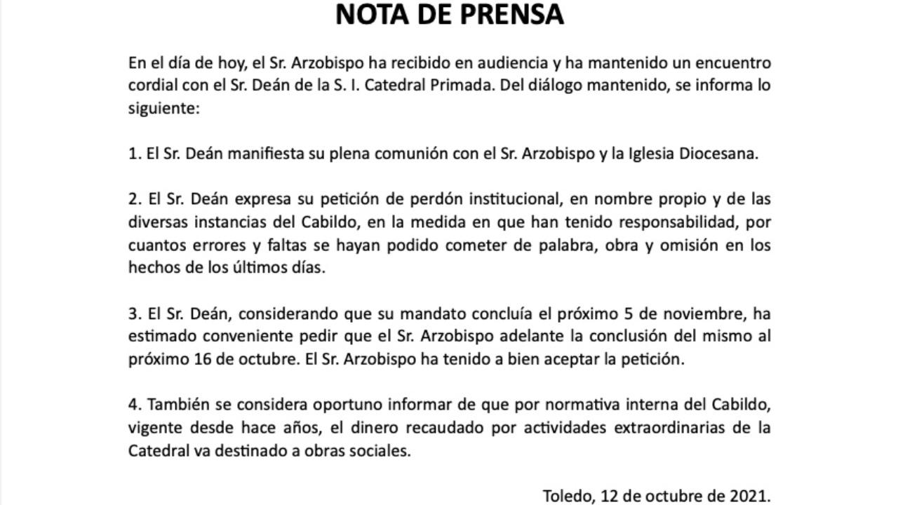 despiden a sacerdote que autorizó video de C Tangana en Catedral