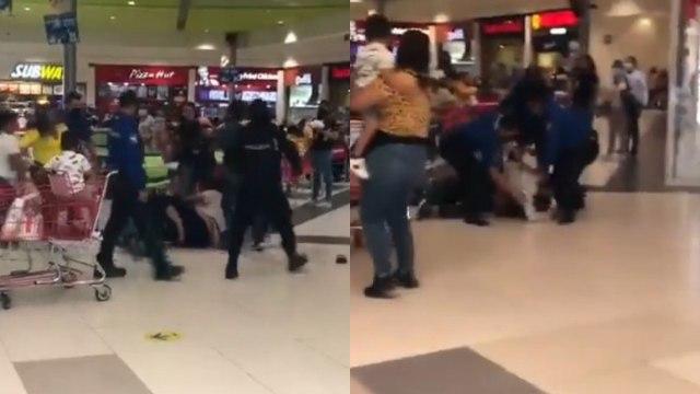 Video: Se arma pelea campal por una mesa en centro comercial de Nuevo León