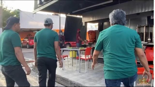 ¡Muévete luz verde! Taquería en Veracruz se vuelve viral tras parodia a la serie El Juego del Calamar
