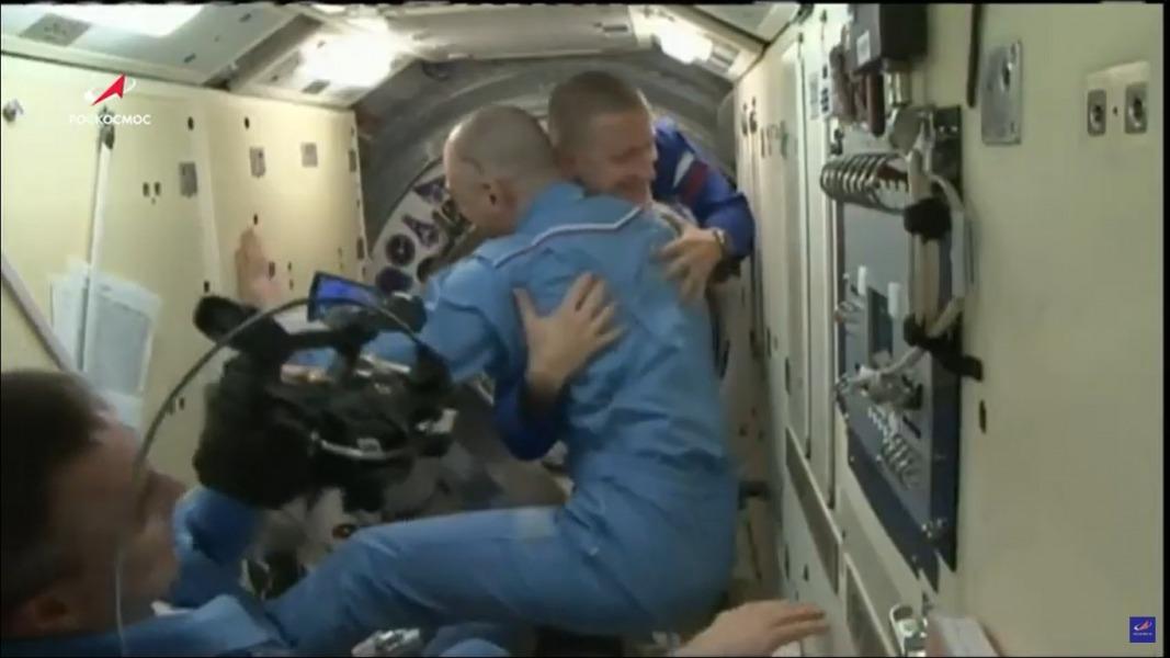 Astronautas rusos logran viaje al espacio ¡en solo 3 horas!