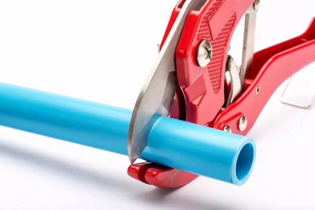 Best PVC Pipe Cutters - plumbinglove.com