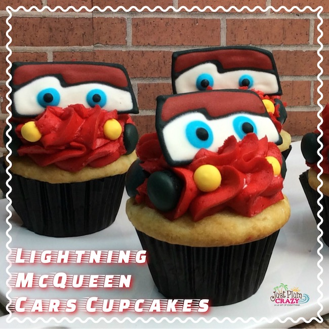 Why not make some cute Lightning McQueen Cars Cupcake recipe to go along with the movie Cars 3 that came out this past week.