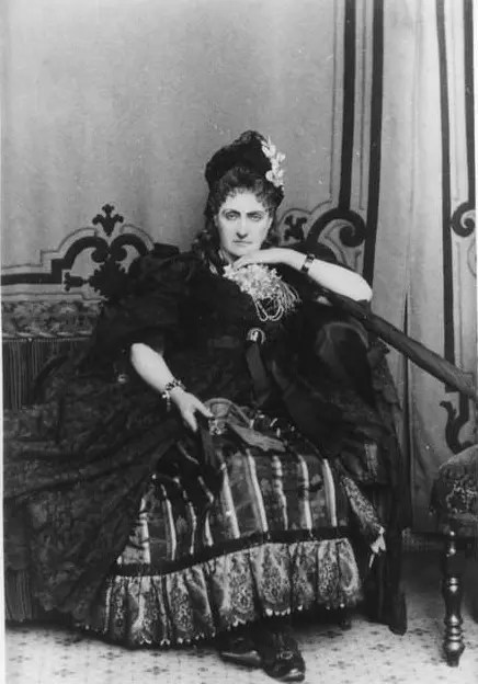 (1894 - 1895) Virginia de Castiglione par Mayer