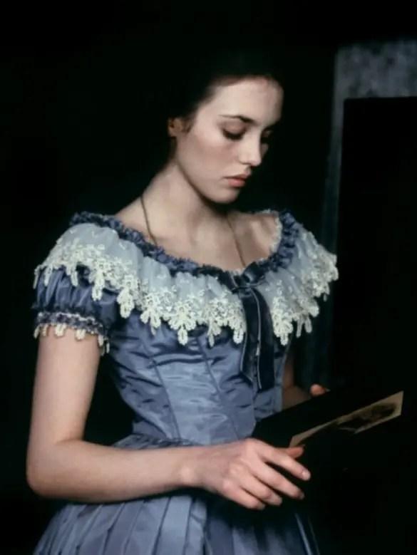 """Isabelle Adjani dans le rôle d'Adèle Hugo pour le film """" L'histoire d'Adèle H. """" réalisé par François Truffaut en 1975"""