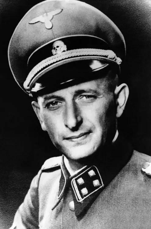 Adolph Eichmann en 1942, en uniforme de SS