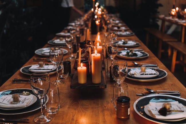 Grande table de réception