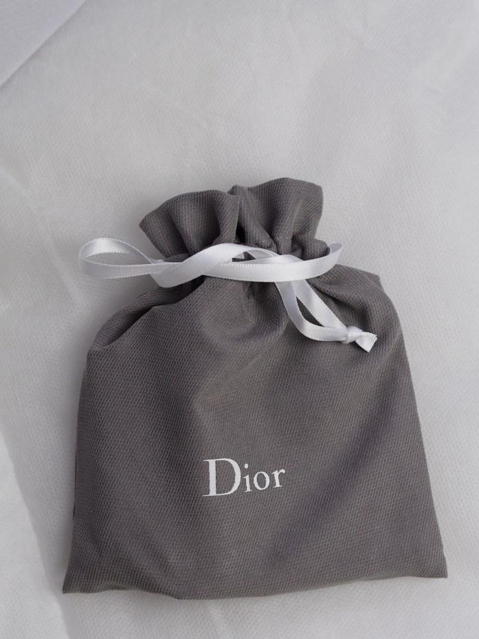 Pourdre illuminatrice Dior 16