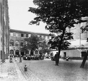 La Prison Saint-Lazare - Cour 2ème section