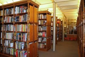 La bibliothèque d'études ©CBBD