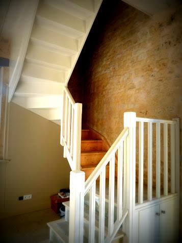 """Le """"gîte"""", printemps-été 2012, nouvel escalier"""