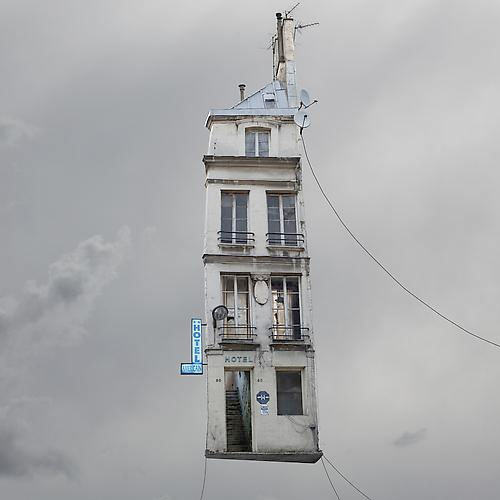 """Flying House"" de Laurent Chéhère"