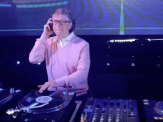 bill-gate-tries-to-dj