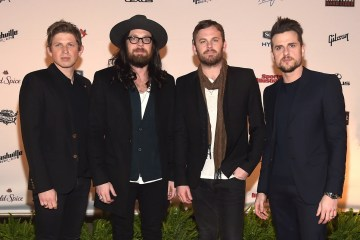 Kings of Leon. WALLS. Video nuevo. Nuevo disco. Cúsica Plus